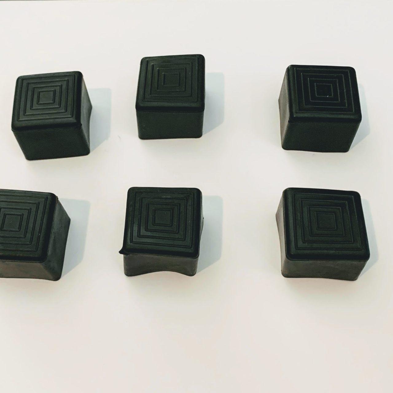 Chair Rack Black Caps